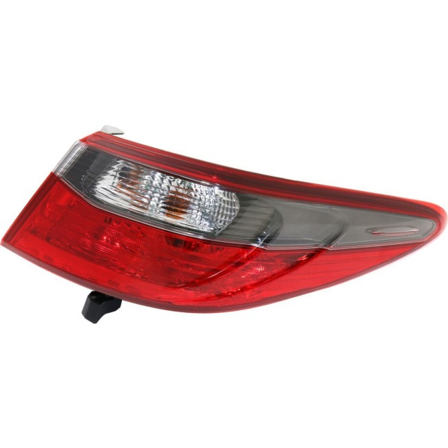 Toyota Camry P75135 Tail Lamp Assy; Rh ; Outer
